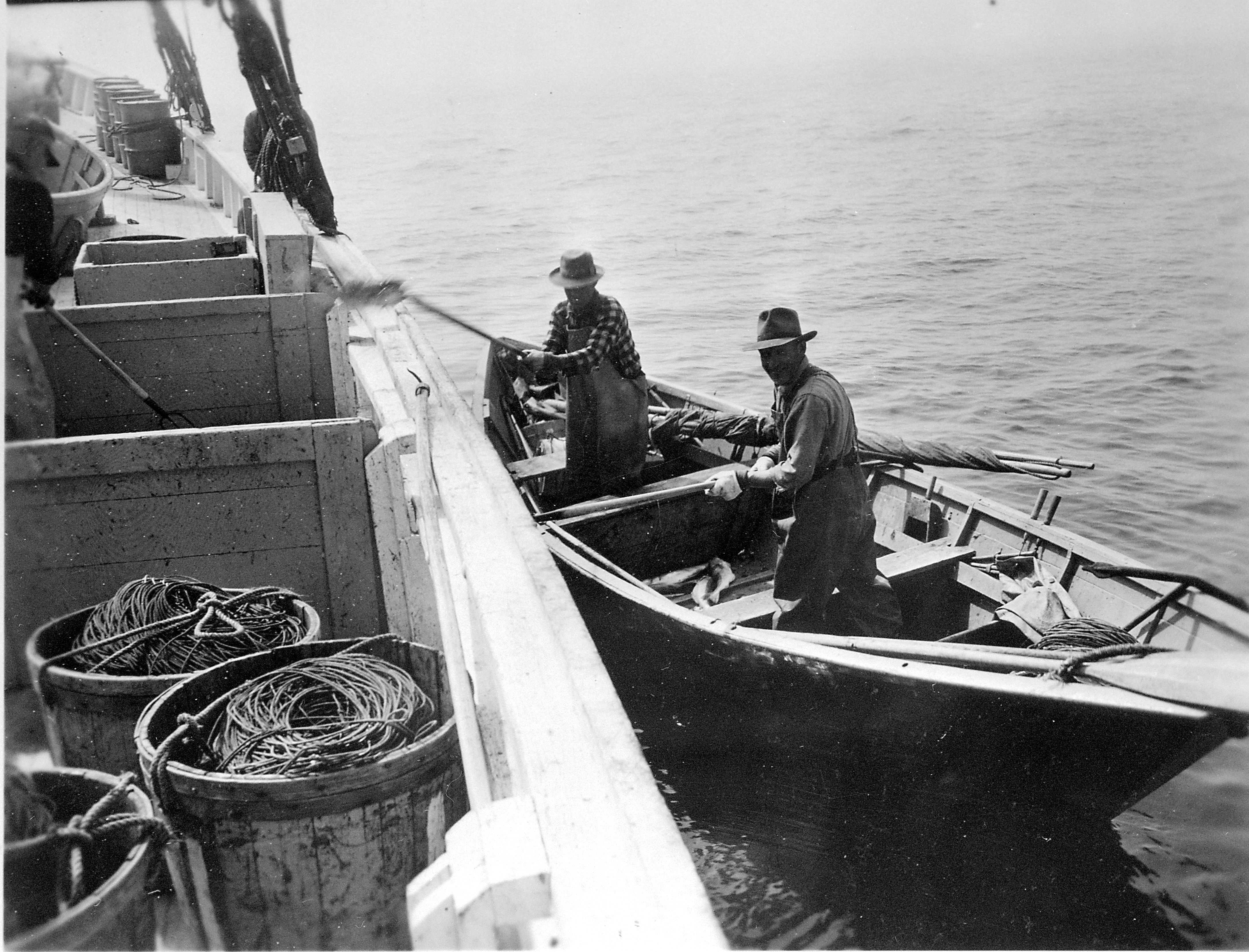 Dory fishing 1926 1953 the gloucester adventure for History of fishing